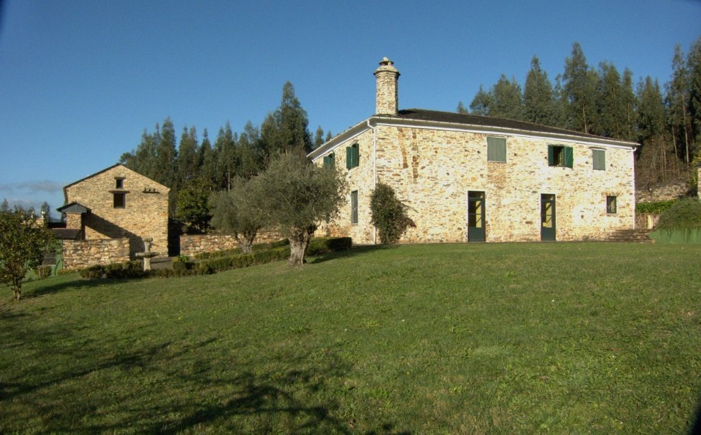 Galician Manor House low cost